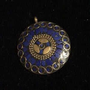 Jewelry - Amulet from Tibetan silver and lapis